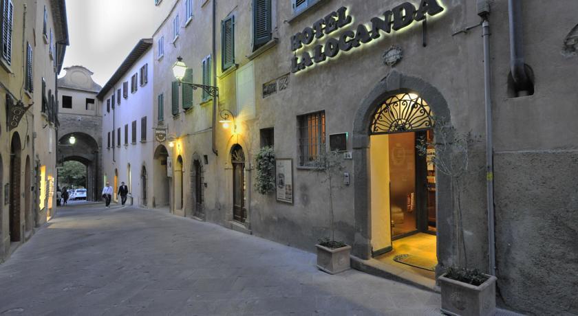 Hotel La Locanda esterni